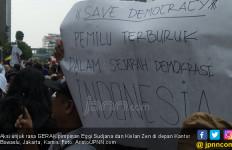Massa Aksi Belum Bubar, Di Mana Kivlan Zen dan Eggi Sudjana? - JPNN.com