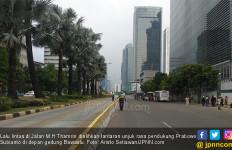 Pendukung Prabowo Unjuk Rasa di Depan Gedung Bawaslu, Thamrin Lumpuh - JPNN.com