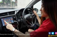 Mudahnya Belanja Online Sambil Nyetir Audi, Renault dan Honda - JPNN.com