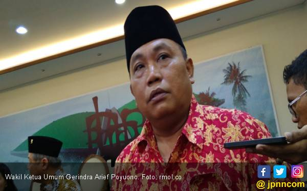 Arief Poyuono Serahkan Bukti Pelanggaran Ma'ruf Amin ke MK - JPNN.com