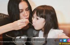 Sophia Latjuba Akrab dengan Gempi, Gosip Lagi deh... - JPNN.com