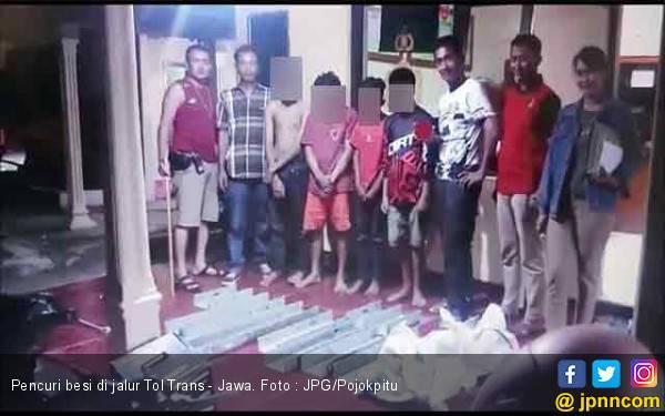 Tiga Bocah SMP Tertangkap Curi Besi Pembatas Tol Trans - Jawa - JPNN.com
