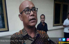 Anggota DPRD Pukul Ketua Fraksi PDIP - JPNN.com
