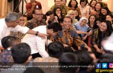 Jokowi Buka Puasa Bersama Wartawan: Penuh Canda sampai Bahas Lamaran - JPNN.com