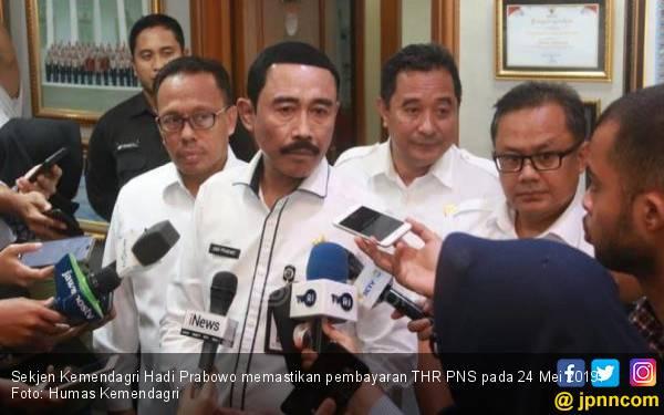 5 Poin Penting Radiogram Kemendagri terkait THR PNS dan Gaji ke-13 - JPNN.com