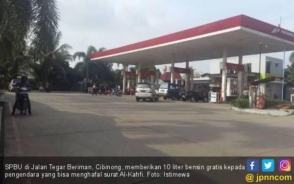 Hafal Surat Al-Kahfi Gratis 10 Liter Pertalite di SPBU Cibinong - JPNN.com