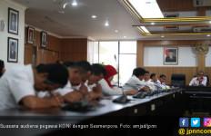 Soal Tunggakan Gaji Karyawan KONI, Gatot Minta Ketum Harus Protektif - JPNN.com