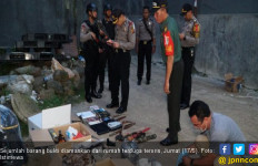 Menjelang Buka Puasa Densus 88 Tangkap Terduga Jaringan Teroris di Bogor - JPNN.com