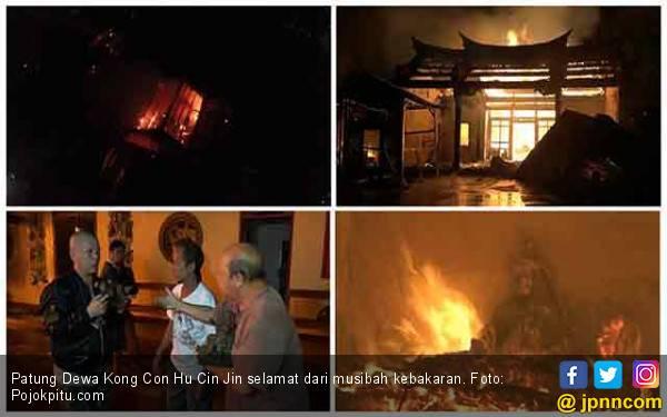 Kelenteng Habis Terbakar, Patung Dewa Kong Con Hu Cin Jin Selamat - JPNN.com