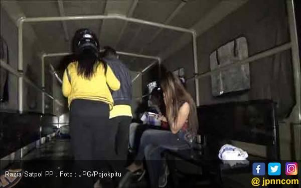 14 Perempuan Digelandang dari Panti Pijat dan Warung Remang – remang - JPNN.com