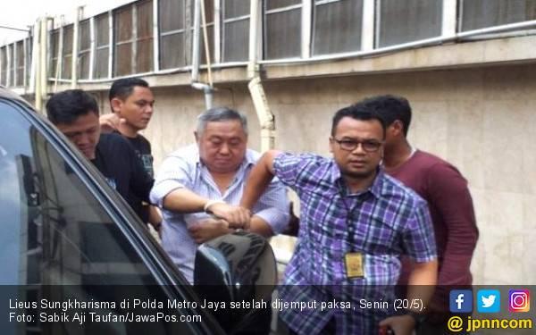 Ditangkap Polisi, Lieus Sungkharisma Bilang Begini - JPNN.com