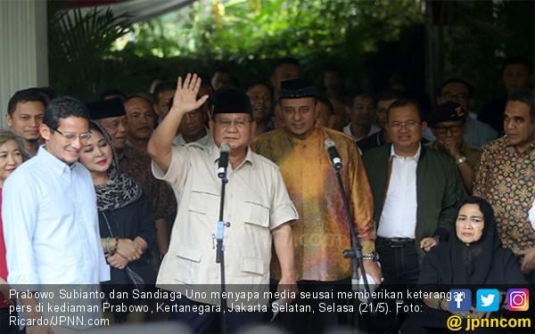 Semua Pendukung Jokowi Diminta Hargai Niat Prabowo - Sandi ke MK - JPNN.com