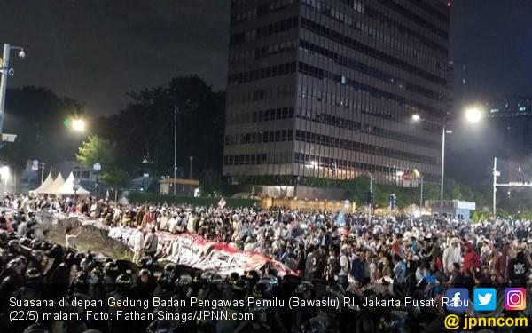 Aksi 22 Mei di Depan Bawaslu Semakin Panas, Seperti Ini Orasi Fadli Zon - JPNN.com