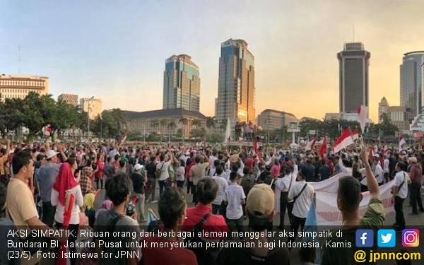 Suarakan Indonesia Damai, Ribuan Orang Ikut Aksi Simpatik di Bundaran BI - JPNN.com