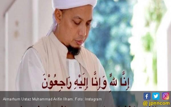 Pesawat Pengangkut Jenazah Ustaz Arifin Ilham Terkendala Izin Terbang - JPNN.com