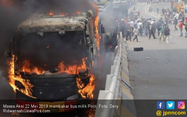 Puluhan Polisi Terluka, Tiga Harus Operasi Buntut dari Kerusuhan 22 Mei - JPNN.com