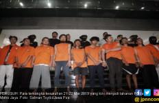 Polisi Jerat 300 Tersangka Kerusuhan, Ada Preman Bayaran Tanah Abang - JPNN.com