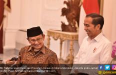 Datang ke Istana, BJ Habibie Ucapkan Selamat ke Jokowi - JPNN.com