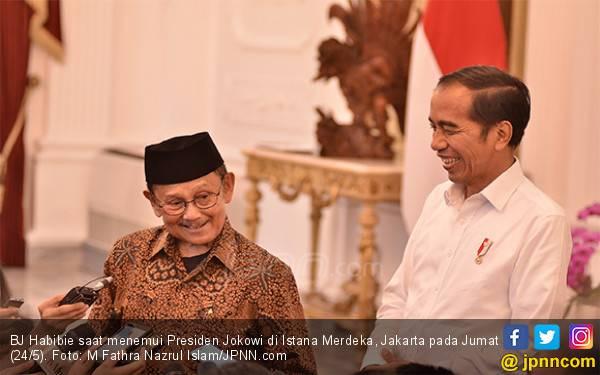 BJ Habibie Meninggal, Presiden Jokowi: Beliau Suri Teladan Kehidupan - JPNN.com