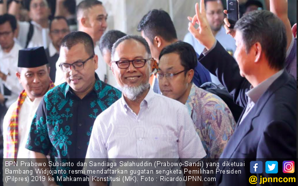 Mampukah BW Ulangi Success Story Menang di MK? - JPNN.com
