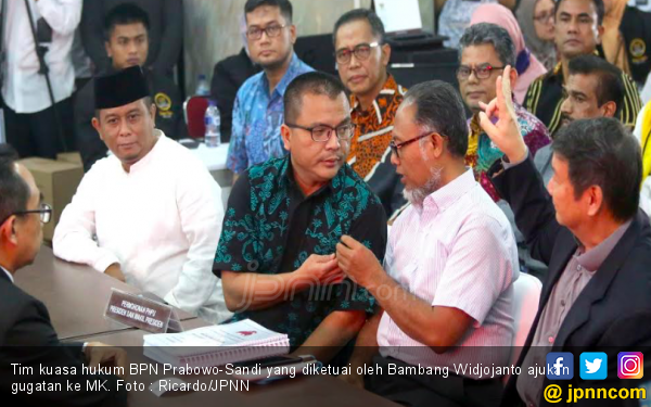 KPU Buka Kotak Suara untuk Gugatan Prabowo - Sandi di MK - JPNN.com