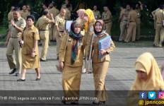 5 Berita Terpopuler: Nasib THR dan Gaji ke-13 PNS, Pesan Mas Menteri Nadiem, Penghina Jokowi - JPNN.com