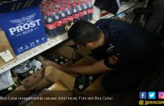 Bea Cukai Malang Amankan Ratusan Botol Miras Ilegal - JPNN.com