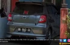 Ditinggal Sebentar Beli Buah, Mobil Berisi Anak Dibawa Kabur Maling - JPNN.com