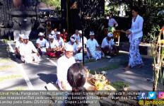 Umat Hindu Lanal Denpasar Merayakan Hari Suci Tumpek Landep - JPNN.com