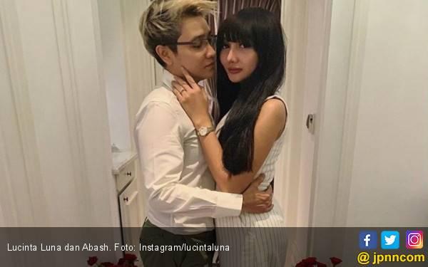 Ngaku Tunangan, Lucinta Luna: Dia Spesial Banget Buat Gue - JPNN.com