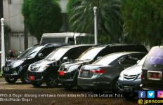 Roy Suryo Usulkan Menteri Kabinet Kerja Jilid II Pakai Jasa Rental untuk Mobil Dinas - JPNN.com