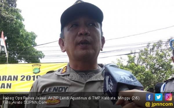 Jalan Raya Kalibata Bakal Ditutup Sementara untuk Rombongan Pengiring Jenazah Bu Ani - JPNN.com