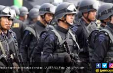 Polisi Bersenjata Langkap Patroli Intensif di Rumah Kosong - JPNN.com