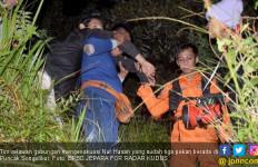 Detik – detik Nur yang Tirakat 40 Hari di Puncak Songolikur Disuruh Turun - JPNN.com