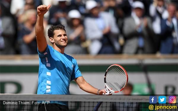 Urusan Djokovic dengan Thiem di Roland Garros 2019 Selesai dalam 2 Hari, Hasilnya Sensasional - JPNN.com