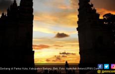 Seharusnya Social Distancing Cegah Corona, WNA di Bali Malah Berpesta - JPNN.com