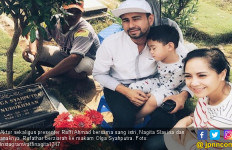 Raffi Ahmad Beri THR ke Orang Tua Mendiang Olga Syahputra - JPNN.com