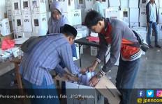 Kotak Suara 13 Kecamatan di Pamekasan Dibongkar lagi Demi Gugatan Prabowo - Sandi - JPNN.com