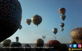 Rayakan Idulfitri dengan Terbangkan Balon Udara, Belasan Warga Madiun Ditangkap Pak Polisi- JPNN.com Jatim