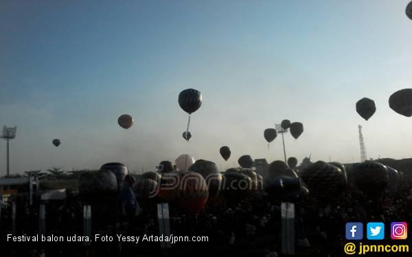 Masih ada Warga yang Terbangkan Balon Udara Secara Liar, Begini Kata Dirut AirNav - JPNN.com