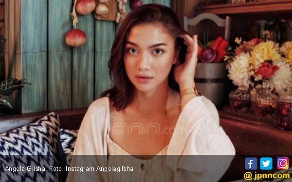 Angela Gilsha Dihujat Habis – habisan oleh Netizen - JPNN.com