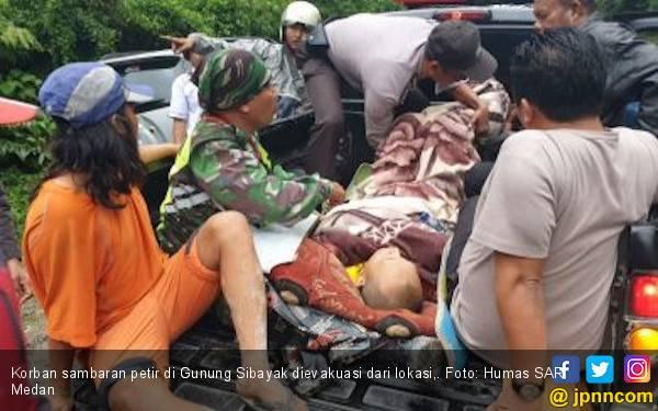 Bapak dan Anak Tersambar Petir Saat Mendaki Gunung Sibayak - JPNN.com