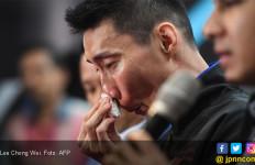 Dengan Air Mata Menetes di Pipi, Lee Chong Wei Umumkan Gantung Raket - JPNN.com