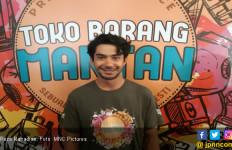 Reza Rahadian: Dia Selalu Kesulitan Mengekspresikan Cinta - JPNN.com
