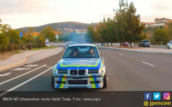 BMW M3 Ditanam Motor Listrik Tesla Buat Lomba Panjat Pegunungan - JPNN.com