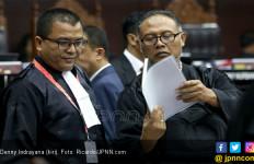Baca Gugatan Prabowo - Sandi, Denny Indrayana Sebut Jokowi Sewenang-wenang Gunakan Kekuasaan - JPNN.com
