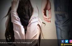 Detik-Detik Pemerkosaan Gadis Asal Balikbukit di Dalam Mobil - JPNN.com