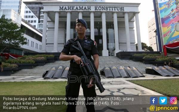13.747 Aparat TNI-Polri Diterjunkan Kawal Sidang Putusan Sengketa Pilpres di MK - JPNN.com
