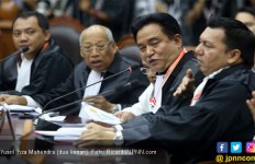 Begini Persiapan Yusril Cs Menjawab Gugatan Kubu Prabowo - Sandi di Sidang Sengketa Pilpres 2019 - JPNN.com