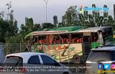 Lagi, Lakalantas di Tol Cipali Sebabkan 12 Orang Tewas - JPNN.com